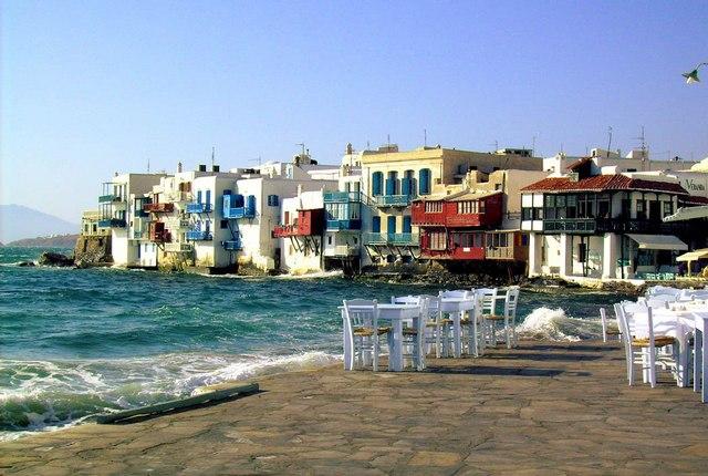 Μόνιμους μειωμένους συντελεστές ΦΠΑ στα νησιά ζητούν πέντε δήμαρχοι