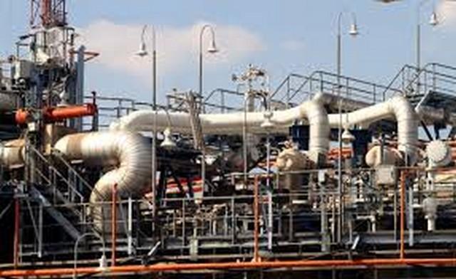 Πόλεμος στην αγορά φυσικού αερίου, βγάζουν τη ΔΕΠΑ στο περιθώριο