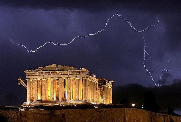 Πολ ντε Γκρου: Πραγματικότητα η πιθανότητα Grexit