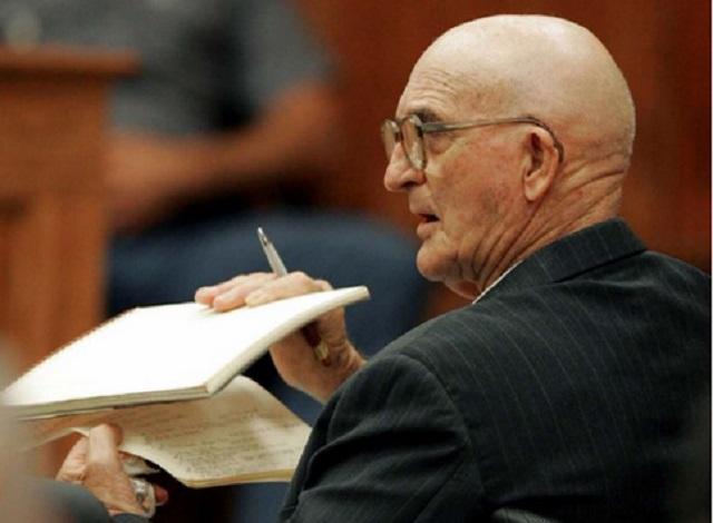 Πέθανε στη φυλακή ηγετικό στέλεχος της Κου Κλουξ Κλαν