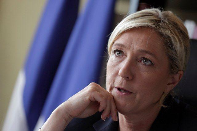 Γαλλία: Παραιτήθηκε το δεξί χέρι της Λεπέν