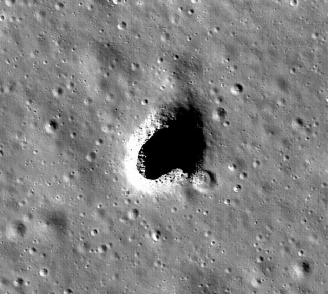 Σελήνη: Βρέθηκε το ιδανικό μέρος για τη δημιουργία αποικίας!