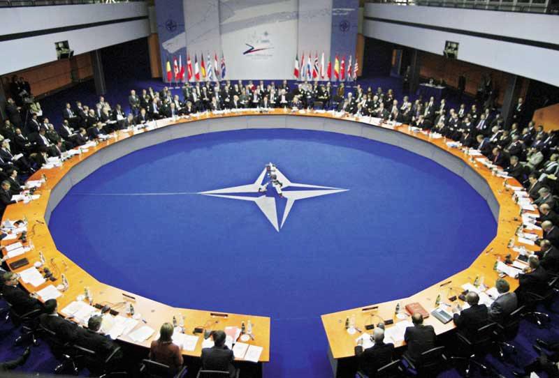 Πρώτη επίσκεψη Στόλτενμπεργκ (ΝΑΤΟ) στις ΗΠΑ...επί ημερών Τραμπ