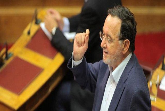 Π. Λαφαζάνης: Θα φύγει νύχτα ο Τσίπρας αν δεν πάρει πίσω τα μέτρα