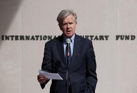 Άκαμπτο το ΔΝΤ: Έλεγχος ενεργητικού και stress test στις τράπεζες!