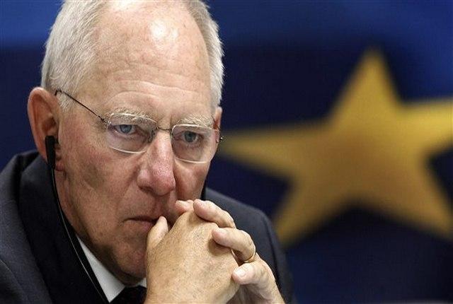 Σόιμπλε: Μην το κάνετε όπως η Ελλάδα…