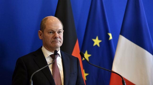 Ο Γερμανός ΥΠΟΙΚ Όλαφ Σολτς επαινεί την Ελλάδα