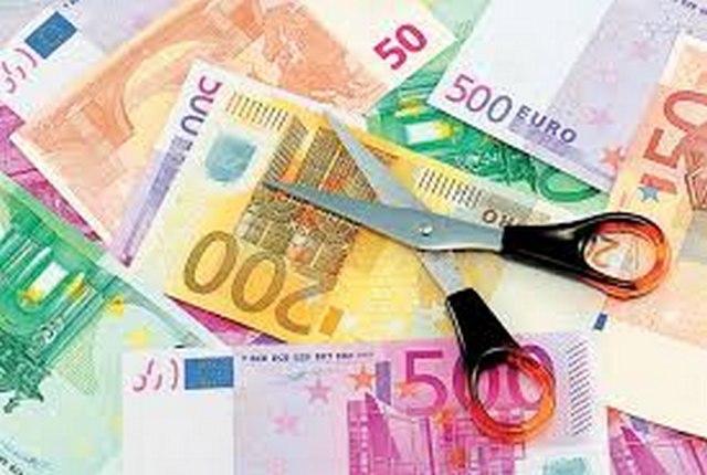 Μπλόκο( ; ) στην αναδιάρθρωση δανείων για κόμματα - ΜΜΕ