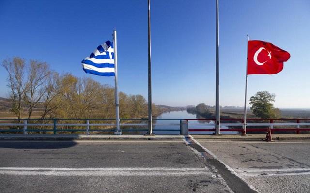 Die Zeit: Χιλιάδες Τούρκοι ζητούν άσυλο στην Ελλάδα