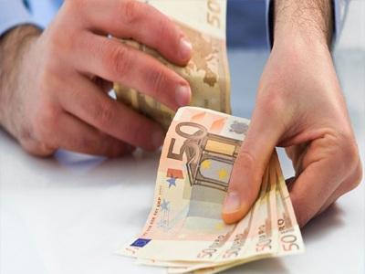 «Τσουχτερός» ο λογαριασμός για μπλοκάκια, αγρότες και επαγγελματίες