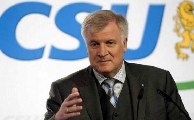Ζέεχοφερ: Η ΕΕ δεν μπορεί να προστατεύσει τα εξωτερικά της σύνορα