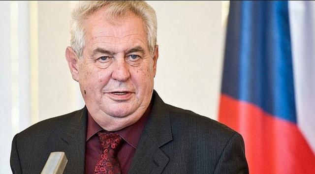 Ο πρόεδρος Ζέμαν νικητής του α΄ γύρου των τσεχικών εκλογών